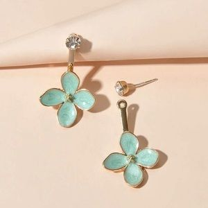 2/$20! Gold Crystal Studs/Pale Green Daisy Jackets